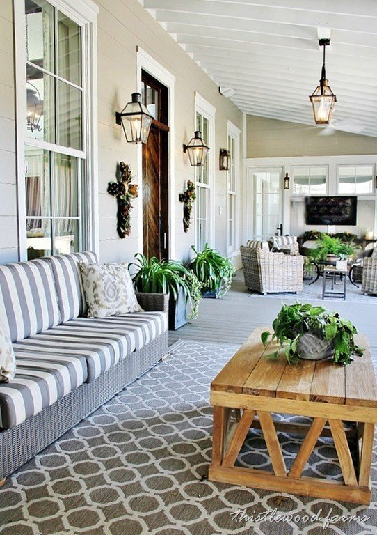 15 things you need on the perfect southern front porch for Southern country home decor