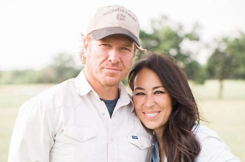 Chip and joanna gaines announce huge magnolia market sale for How much are chip and joanna gaines worth
